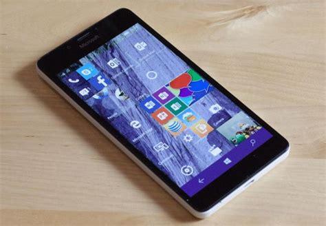 at t upgrade phones windows 10 mobile upgrade won t hit phones until