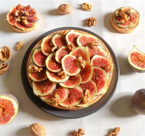 dessert figues fraiches miel tarte aux figues noix miel
