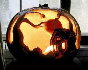 Halloween Kürbis Bemalen : gruseliges haus im k rbis schnitzen crafts and pinterest pumpkin art samhain and ~ Eleganceandgraceweddings.com Haus und Dekorationen