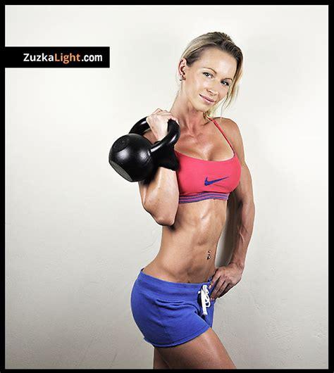 kettlebell training benefits light zuzkalight zuzka zuzana workout fitness kettle bell bodyrock health models