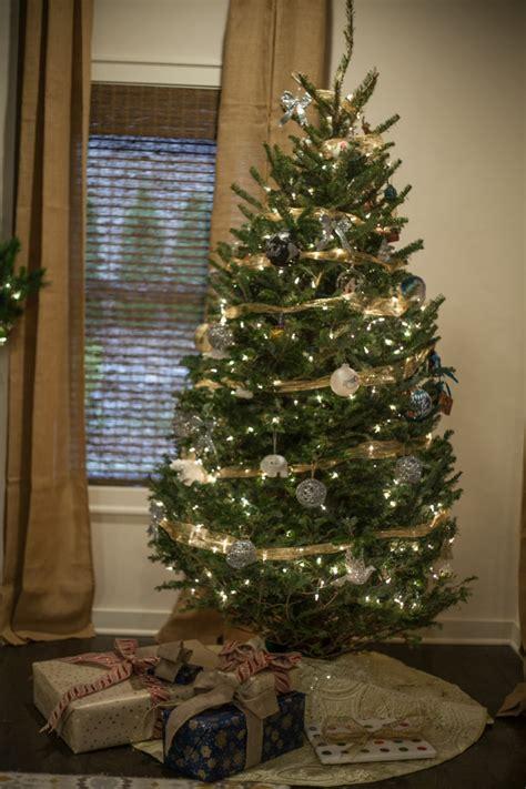 kid friendly christmas tree decorations kid friendly decor