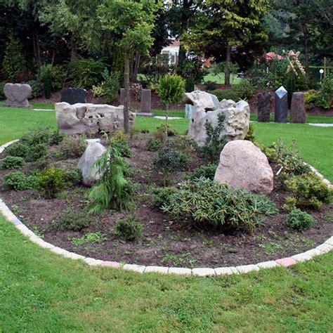 Beetgestaltung Mit Gräsern by Garten Und Landschaftsbau Stein Und Bildhauerei Uldis