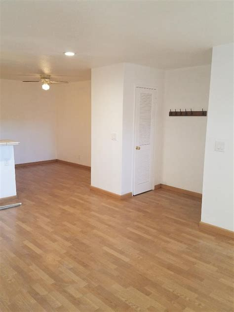 Units responded to the scene at younger avenue and san pedro street, near the vta yard. Nice 2-Bed 2-Bath Apartment Close To Cisco, Intel VTA Rail, Park & Restaurants | 2 BHK in San ...