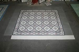 Fliesen Küche Wand : zementfliesen iraquia grau rot vintage jugendstil fliesen ~ Orissabook.com Haus und Dekorationen
