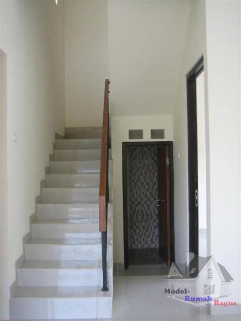 model kamar mandi bawah tangga minimalis modern