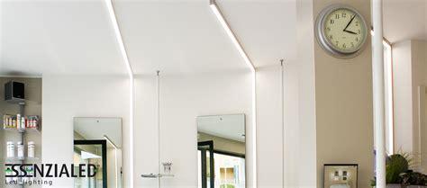 I Led Illuminazione Lade Led Lineari Prodotte Su Misuraessenzialed