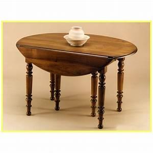Table En Noyer : table volets en noyer meubles de normandie ~ Teatrodelosmanantiales.com Idées de Décoration