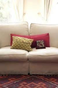 nettoyer canapé tissus comment nettoyer tissu d 39 un canapé avec scotchgard