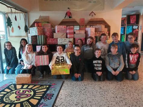Weihnachtsaktion Nms Niederndorf Sammelte 54 Geschenke