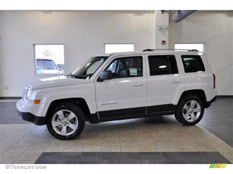 jeep patriot white 2011 bright white jeep patriot latitude x 43647349
