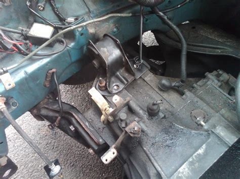 lx dy auto  dz manual transmission mount woes
