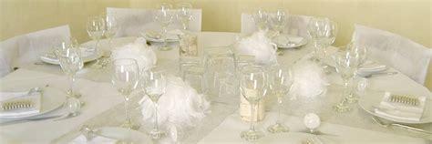 decoration mariage theme hiver hiver boule transparente plexi nappe ronde intiss 233 blanche 240cm 25 feuilles a4 papier