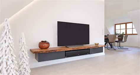 Tv Board Mit Rückwand by Tv M 246 Bel Tischler Ullmann Holzwerkst 228 Tten In Oldenburg