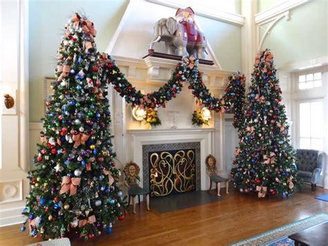 2012 holiday decorations boardwalk inn at walt disney world 171 extra walt disney world magic