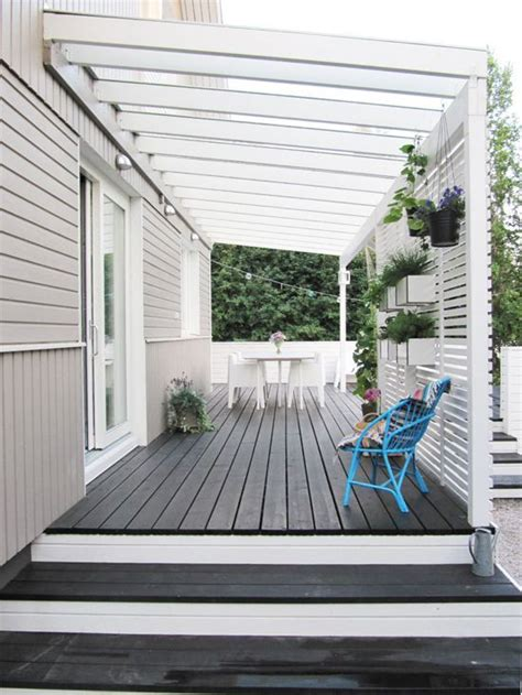 stain and white paint deck
