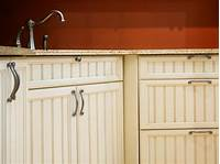 kitchen cabinet doors Kitchen Cabinet Door Handles and Knobs: Pictures, Options ...