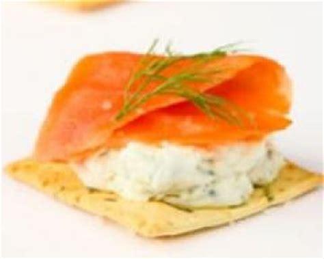 canap駸 au saumon canape au saumon fume et mascarpone 28 images cuisine vite une recette d entr 233