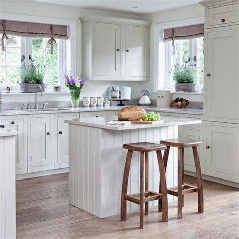 decorating kitchen countertops ideas best 25 small cottage kitchen ideas on