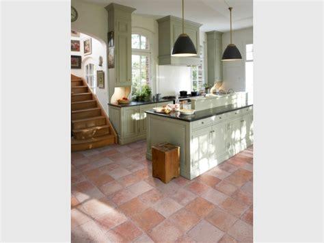 sol vinyl pour cuisine rénover sol la solution pvc et vinyle
