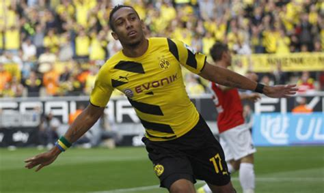 Aubameyang scores first goal of the season in Dortmund win ...