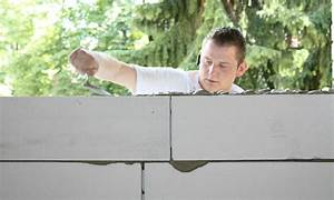 Crochet Mur Beton : poser du b ton cellulaire ~ Zukunftsfamilie.com Idées de Décoration