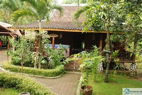 gambar desain taman bunga halaman rumah terbaik
