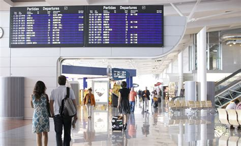 Aeroporto Di Porto Portogallo by Porto Airport Portugal Airports