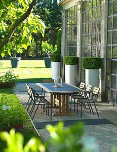 Table Jardin Design : mobilier de jardin design nos id es pour un espace d tente en plein air ~ Melissatoandfro.com Idées de Décoration