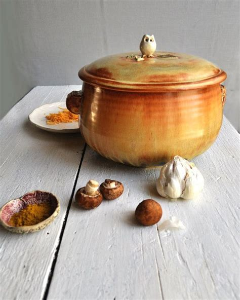 39 s pottery casserole 15 best images about casseroles on ceramics