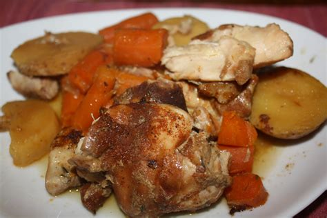 chicken thighs cooker recipes slow cooker chicken thighs gastromami