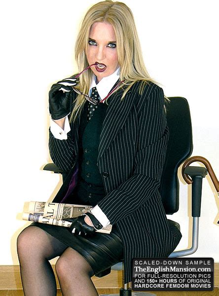 Sex - Previews: Dominant English Lady in leather