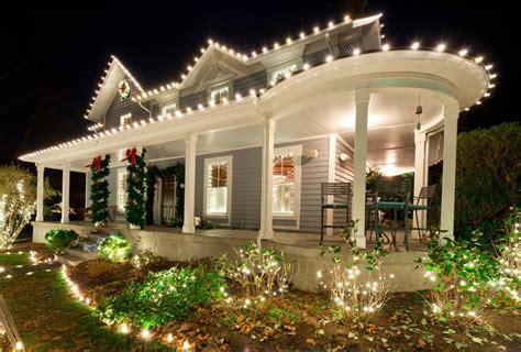 lighting trends   homes exterior  magazine