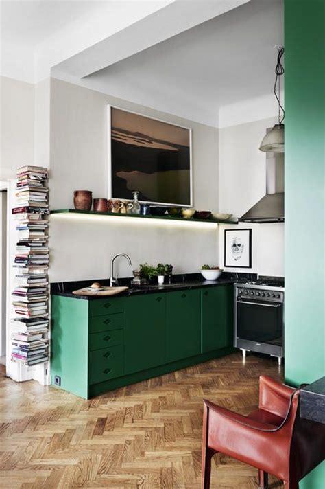 kitchen copper backsplash la cuisine se met au vert floriane lemarié