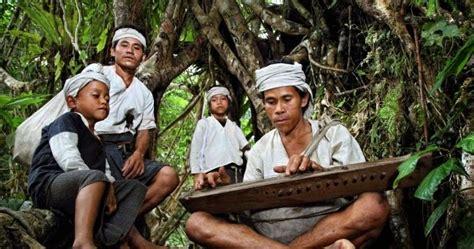 sejarah seni budaya peraturan  larangan suku