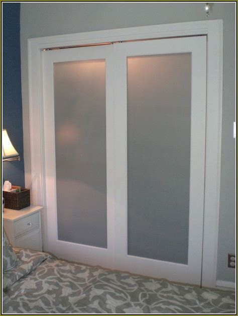 Create a New Look for Your Room with These Closet Door