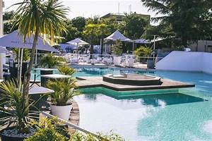 La Voile Blanche Montpellier : o boire un verre et faire la f te autour d une piscine ~ Dailycaller-alerts.com Idées de Décoration