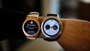 Samsung Gear S3 Is A Supersized Smartwatch That Brings