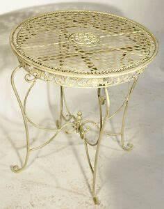 Gartentisch Metall Rund : eisen tisch rund metall gartentisch antik weiss ornament outdoor garden table ebay ~ Yasmunasinghe.com Haus und Dekorationen