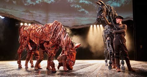 review national theatres war horse   liverpool