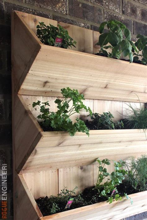 cedar wall planter  diy plans rogue engineer