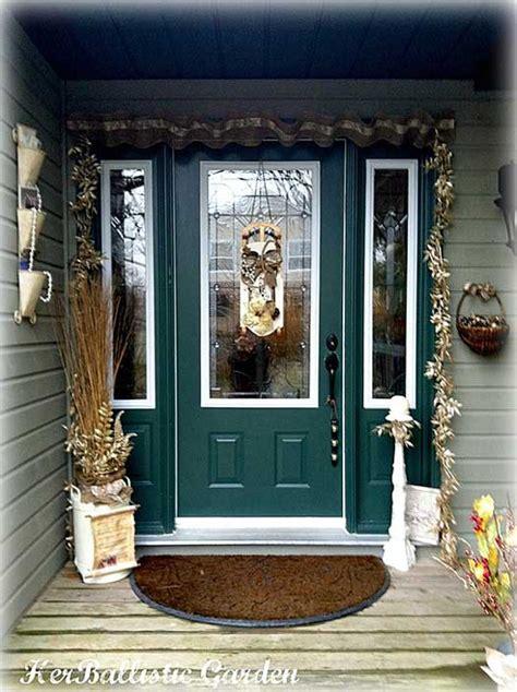 christmas door decoration  holiday spirit