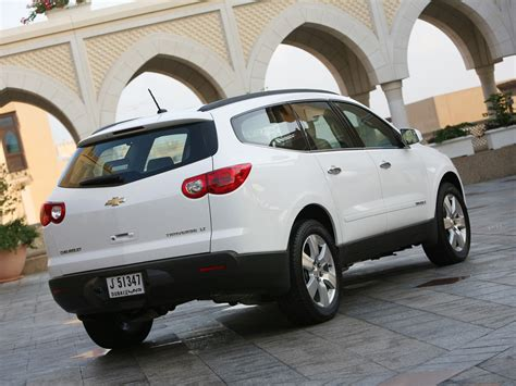 Chevrolet Traverse Specs & Photos