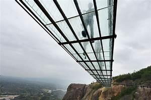 World's Longest Glass Bridge, 590ft High, Opens In China ...