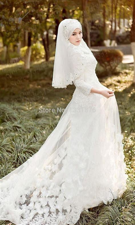 inspirasi gaun pengantin putih  muslimah