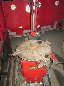 Machine A Pneu Moto : demonte pneu poids lourd machine a pneus ludopneus61 ~ Melissatoandfro.com Idées de Décoration