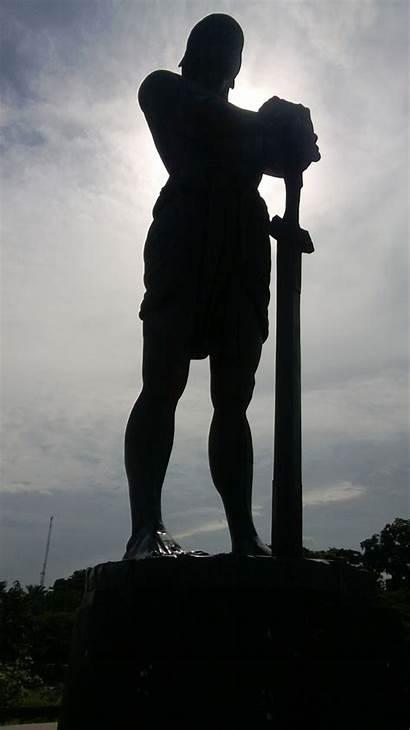 Freedom Statue Sentinel Lapu Rizal Park Monument