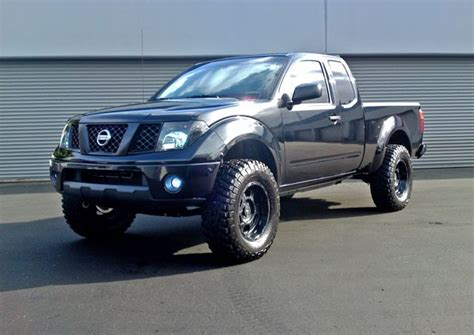 lifted 2006 nissan frontier cst 2005 nissan frontier 4 quot suspension lift spindle css