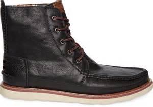 Black Boots : Toms Black Leather Men's Searcher Boots In Black For Men