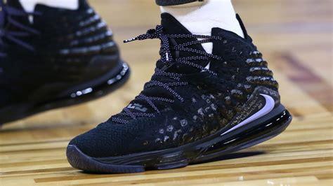 lebron james nike lebron  black purple  lebron james sneaker   nba season