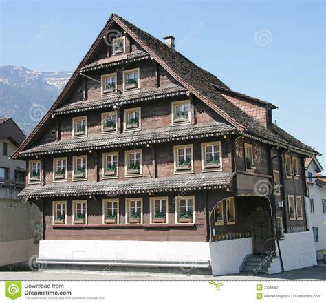 altes schweizer haus  stockfoto bild von nett haus